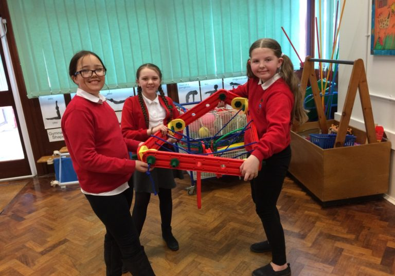 Ysgol Y Tywyn put on their thinking caps