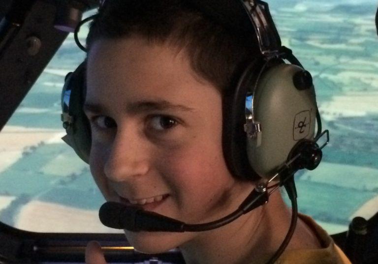 Level 1 students pilot A400M simulator to work on communication skills