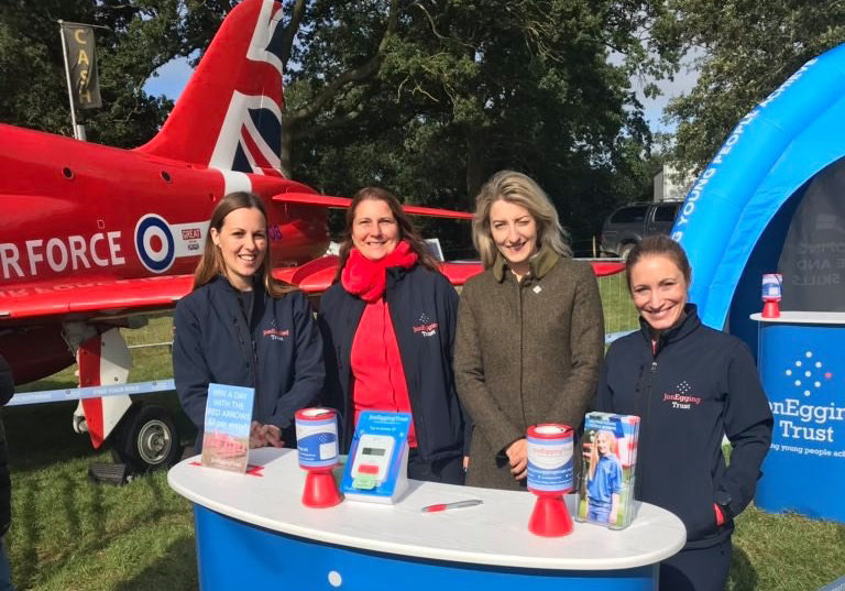 Land Rover Burghley Horse Trials raises nearly £10k for JET Programmes